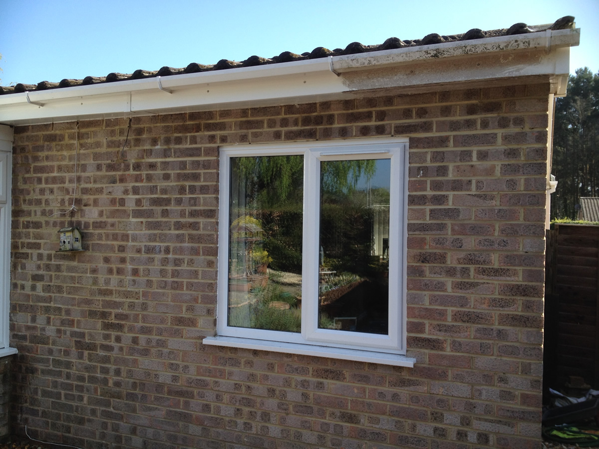 Full exterior valets lcl window cleaning for Cleaning exterior house windows